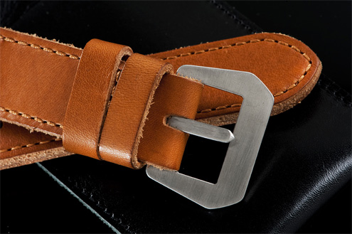 Lau and Van Leijden vintage style brushed buckle