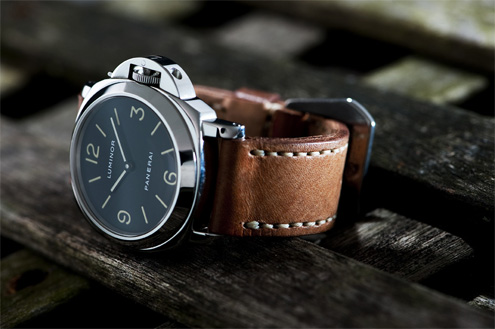 French military strap on a PAM 2A t-dial