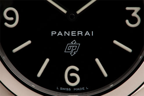 Panerai PAM0 close up of the dial
