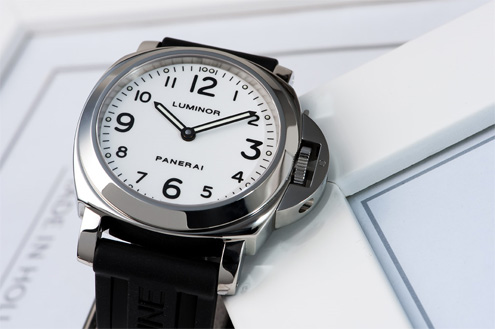 Panerai PAM114 White dial Luminor base