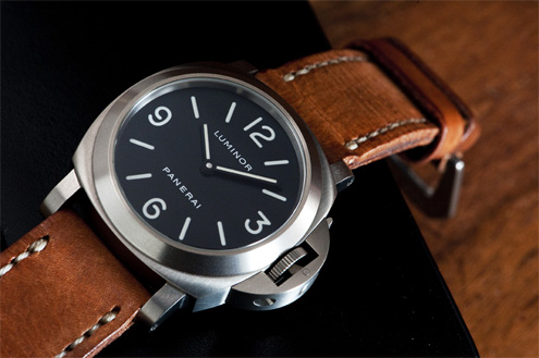Panerai PAM176 Luminor Base Titanium
