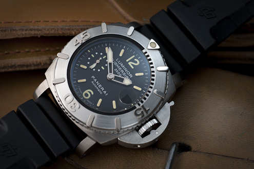 Panerai PAM194 Luminor Submersible 2500m 47mm titanium