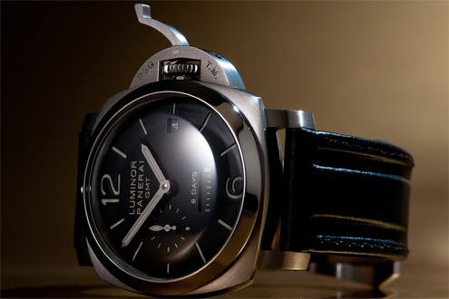 Panerai PAM233 Luminor 1950 8 Days GMT