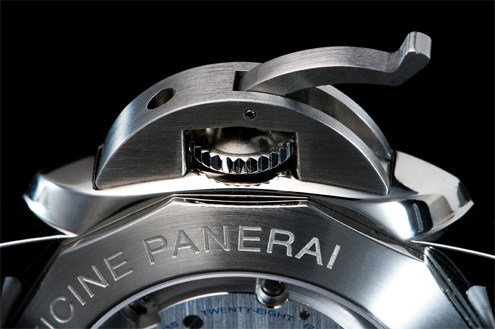 Panerai PAM359 brushed crown guard